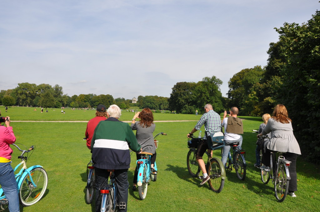Bike tour at the English Gardens